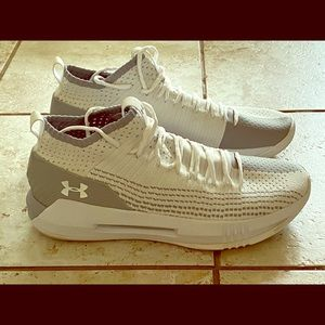 Under Armour 2 tone Basketball shoes